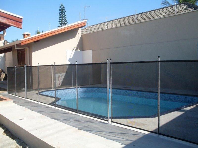 Cerca remov vel telas guaratiba 21 3384 2886 for Tela impermeable para piscinas